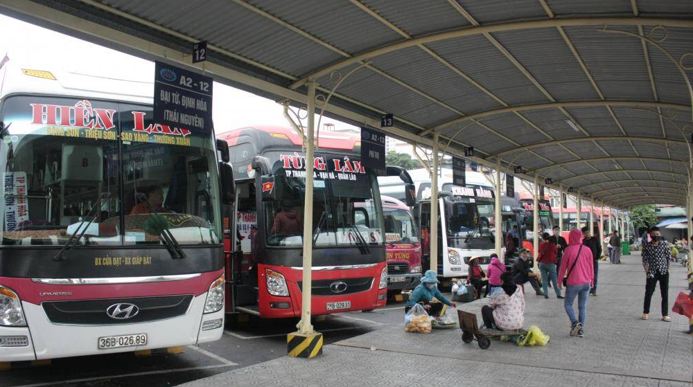 hanoi bus stations must store passenger information for at least 21 days