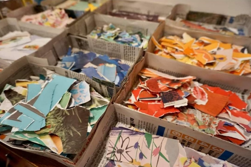 Pre-school teacher in Hanoi turns old newspapers into collage pictures
