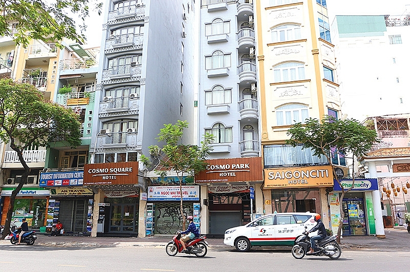nha trang and danang hotel owners sell up for influences of covid