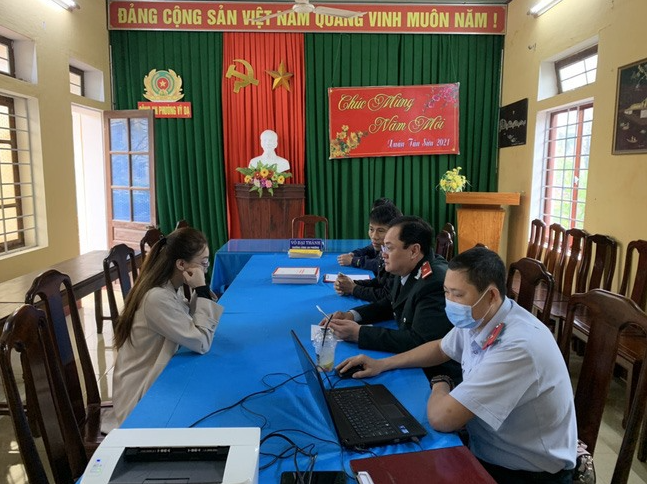 A Vietnamese wife fined for posting incorrect news