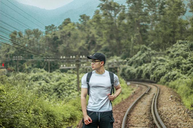 Cinematic beauty at the foot of Hai Van pass