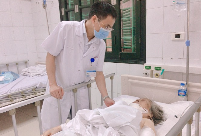 87 year old lady seriously attacked by 30 kilogram bully dog