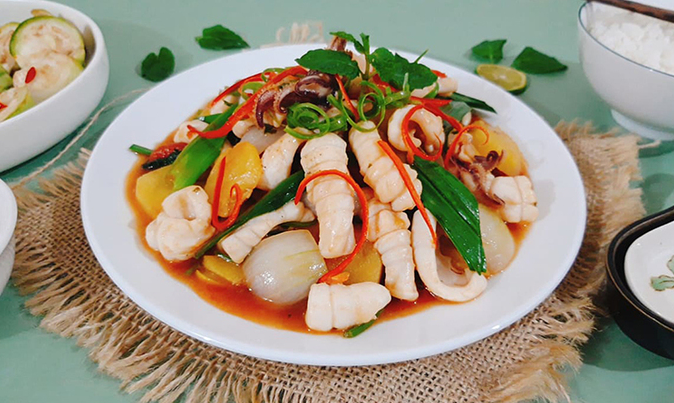 Recipe: Sweet and sour stir-fried squid