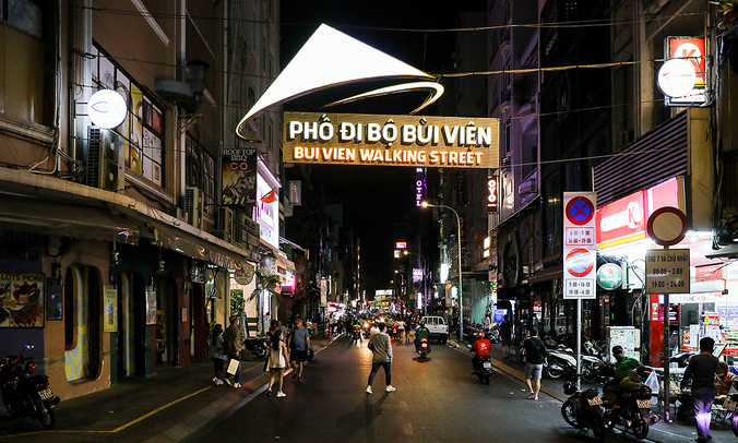 Night businesses on Bui Vien Street suffer heavy losses