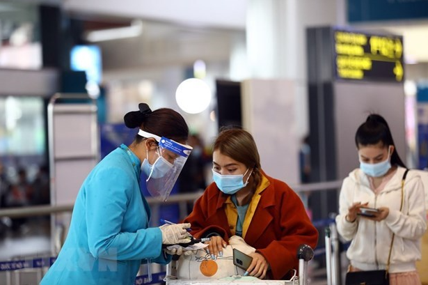 Vietnam COVID-19 Updates (April 6): E-health declaration compulsory for all air passengers: CAAV