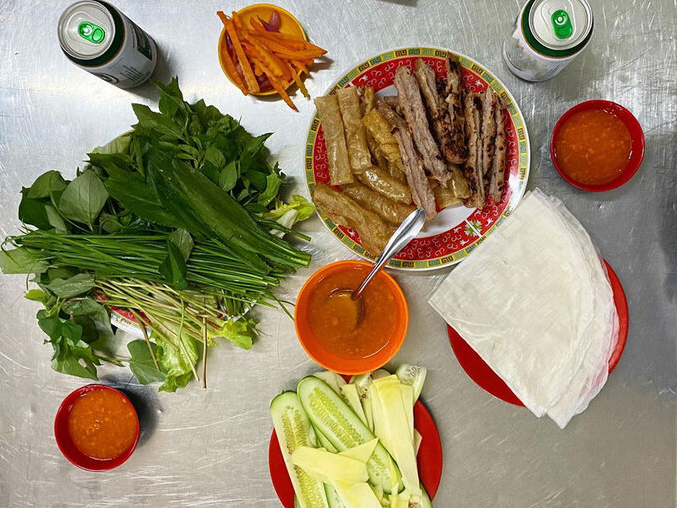 How meat roll different in three Vietnamese regions?
