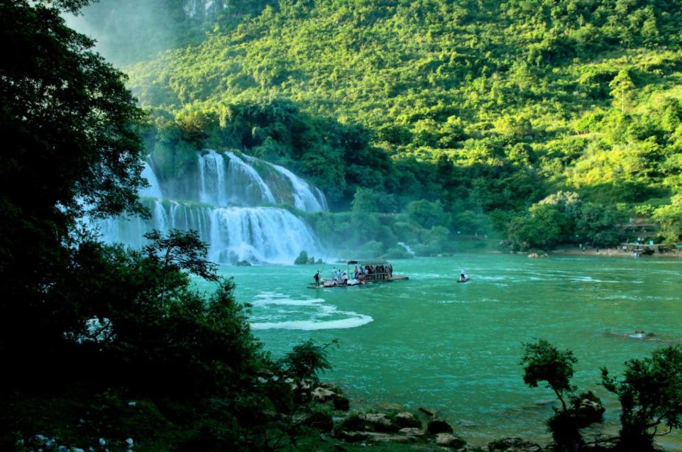 Top 8 impressive National Parks in Vietnam