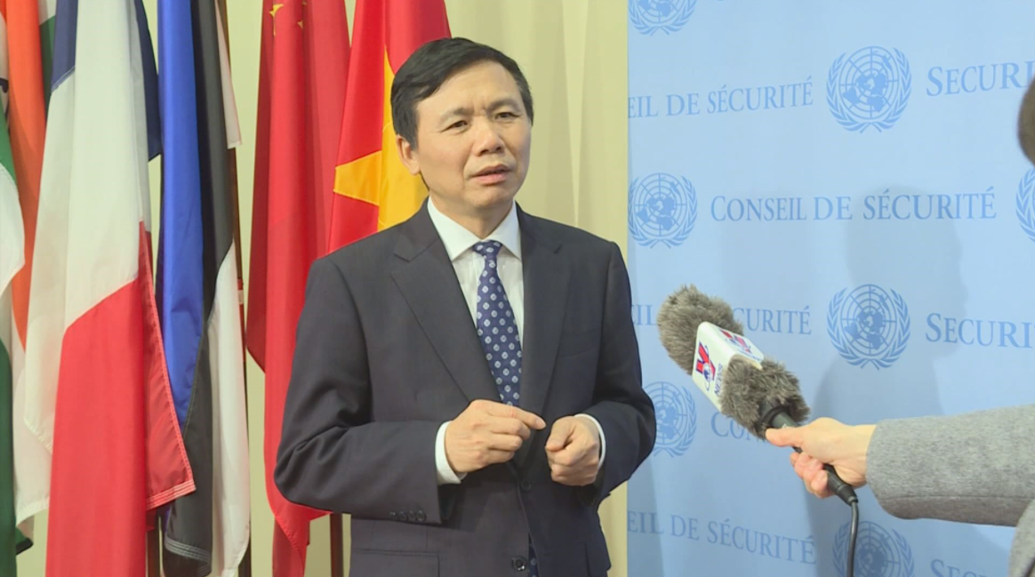Vietnam calls for int'l efforts to prevent violence, promote dialogue in Myanmar