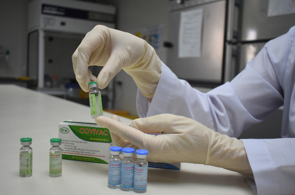 Vietnam COVID-19 Updates (April 12): 2nd home-grown vaccine to hit market in 2022 first quarter