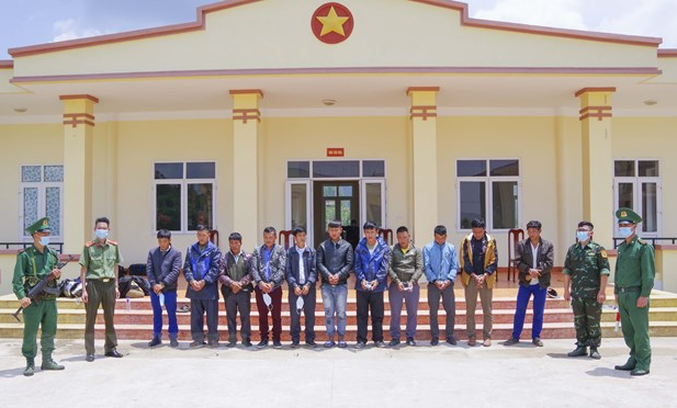 Illegal entry and exit arrested in Vietnam's localities