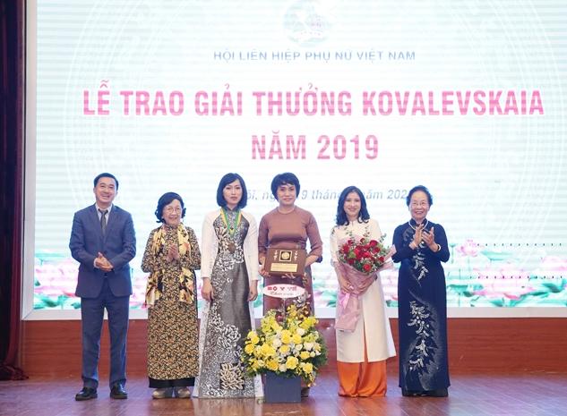 5 Vietnamese scholars got in top 100 best scientists in Asia