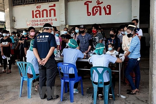 Vietnamese in Thailand asked not to enter homeland through illegal services