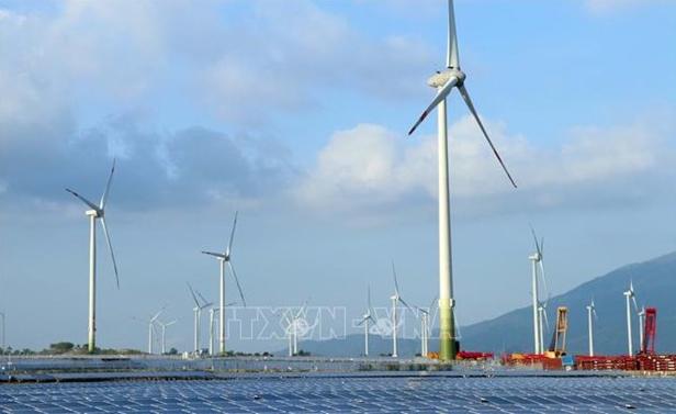Experts impressed by Vietnam's renewable energy adoption