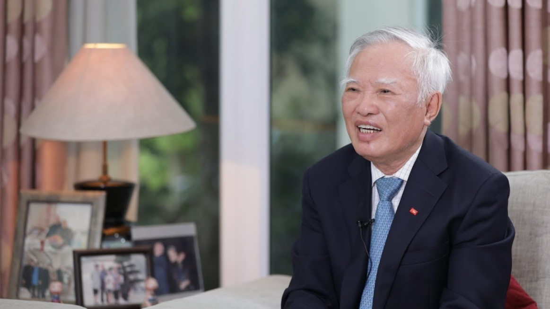 "Former Deputy PM remembers ""bones and blood"" sacrifice of Vietnamese people"