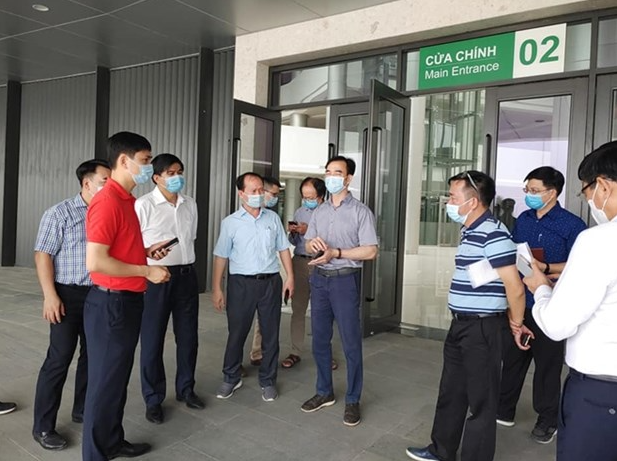 Vietnam COVID-19 Updates (May 3): MOH advises to close nationwide bars & KTVs