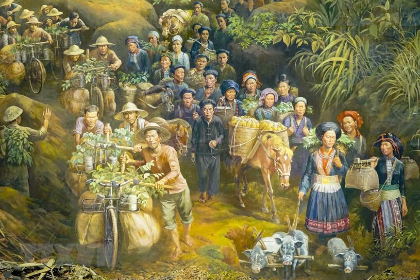 Close-up look at Dien Bien Phu Campaign panorama painting