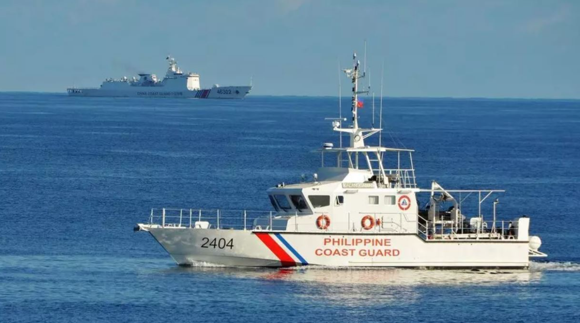 Philippines raises tough voice on China's movement on Bien Dong Sea