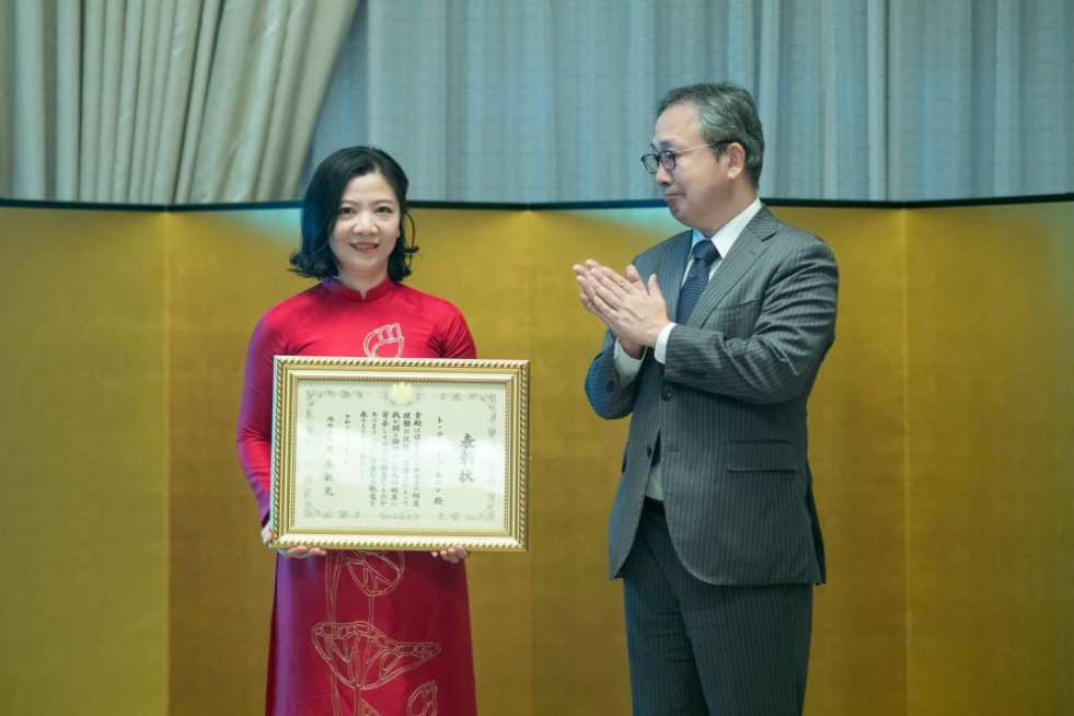 Vietnamese woman honored by Japan for contribution in Ehon comic and reading culture