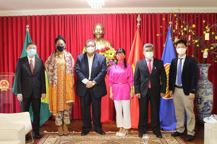 Vietnam hopes to strengthen cooperation with Surinam and Bolivia in all fields