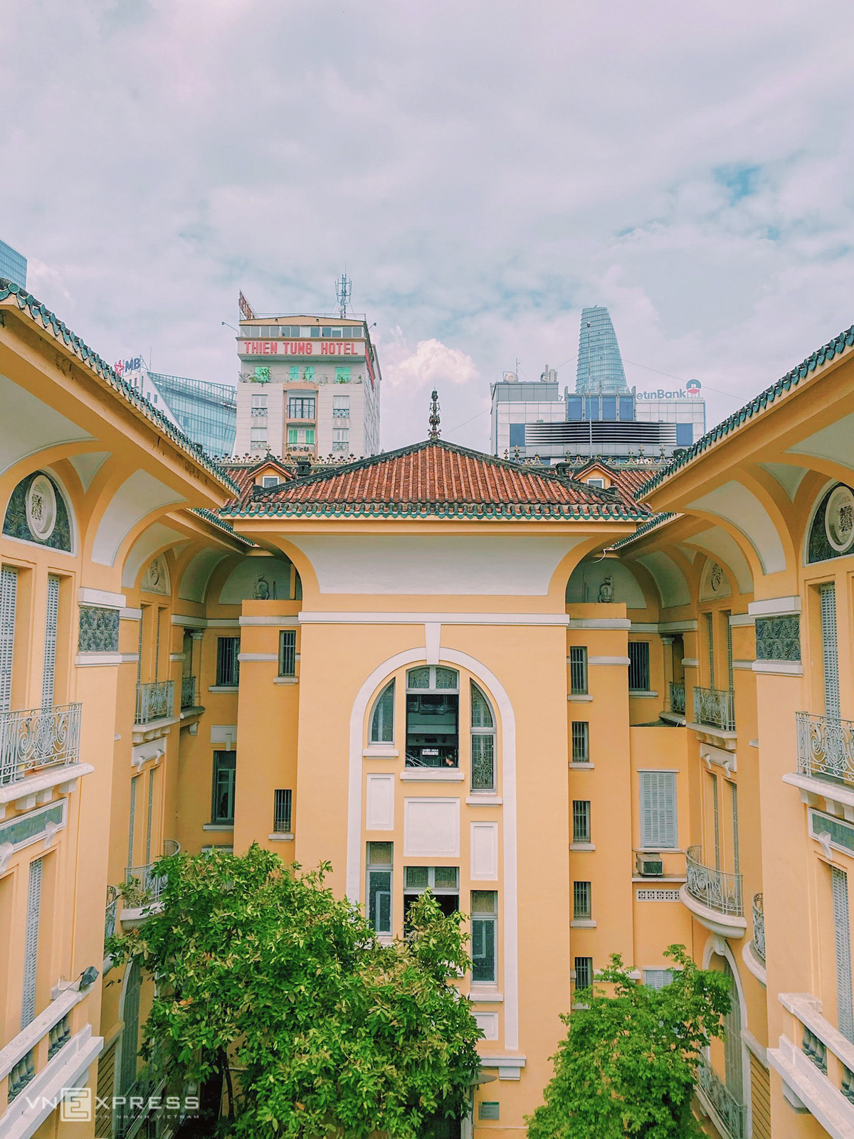 Stunning corners to take check-in photo in Ho Chi Minh City Museum of Fine Arts