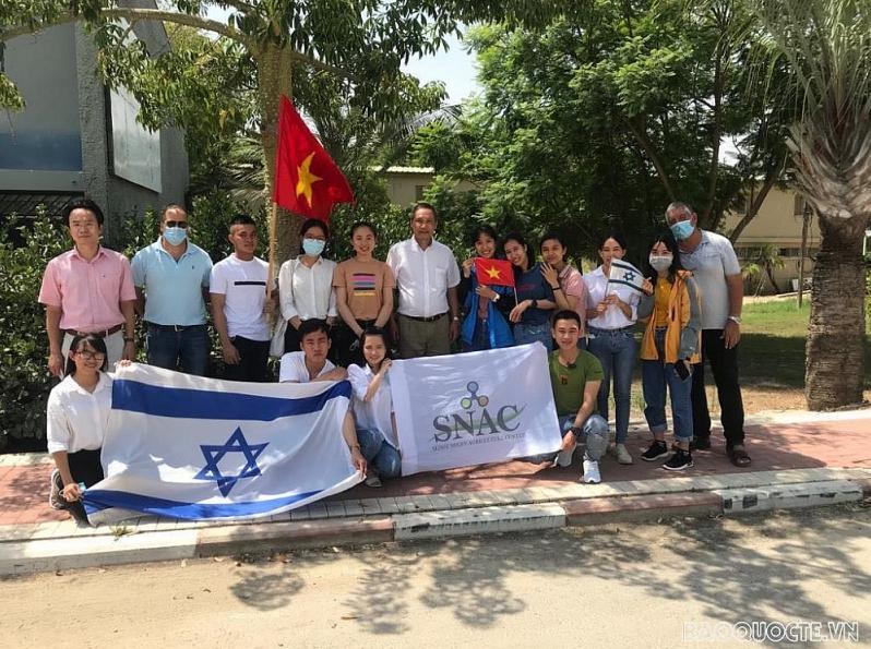 Vietnamese in Israel promote solidarity, bravery in Middle East 'fire pan'