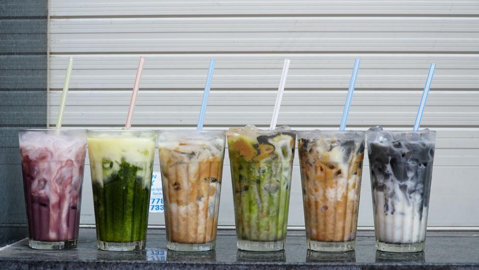 Long-running nut milk shop serves delicious drinks, sweet smiles