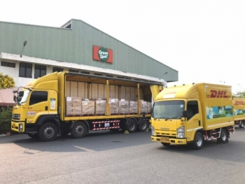 DHL Supply Chain Thailand joins forces with Green Spot to distribute beverages across the nation to support medical staff in their fight against COVID-19