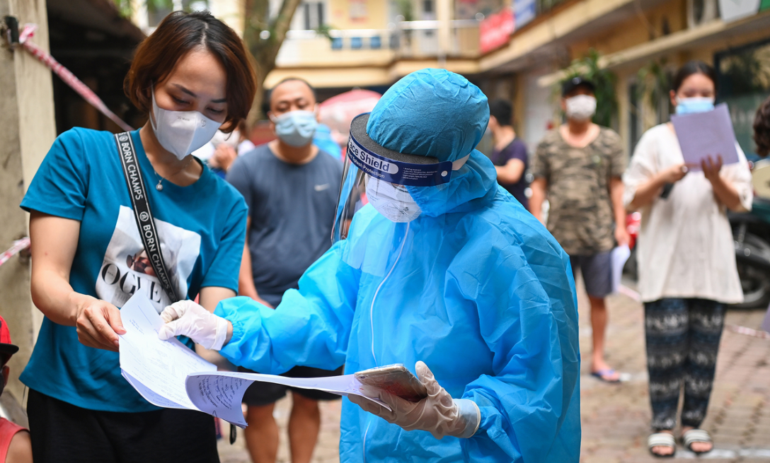 Vietnam Covid-19 Updates (May 25): Hanoi closes restaurants, 44 deaths confirmed