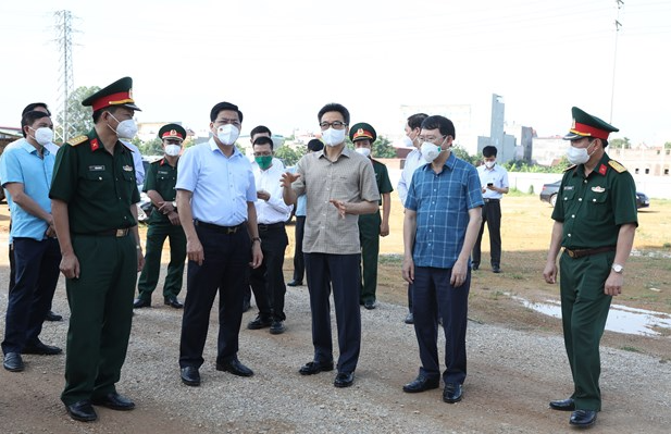 PM urges controlling pandemic outbreaks in Bac Ninh, Bac Giang provinces