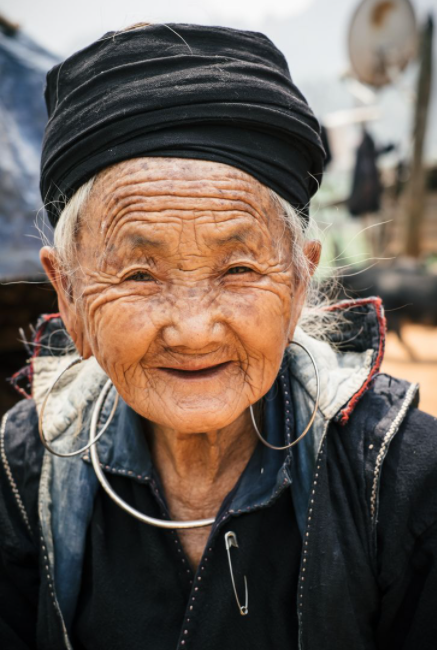 Ukrainian photographer 'fell in love' with Vietnam after traveling around Asia