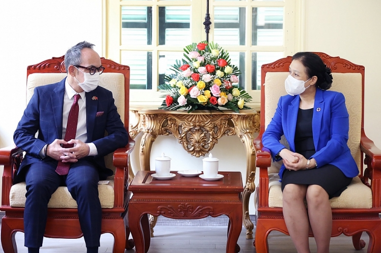 VUFO President receives newly-appointed Thailand Ambassador to Vietnam