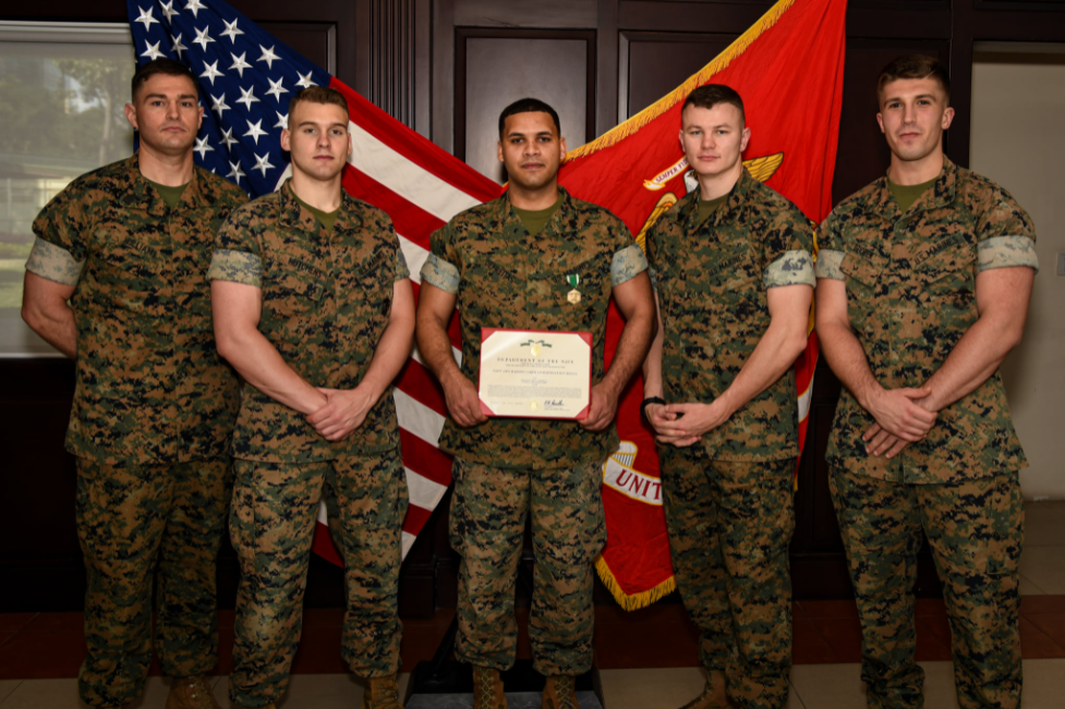 US marine security guards save 10-year-old Vietnamese boy from drowning in Phu Quoc