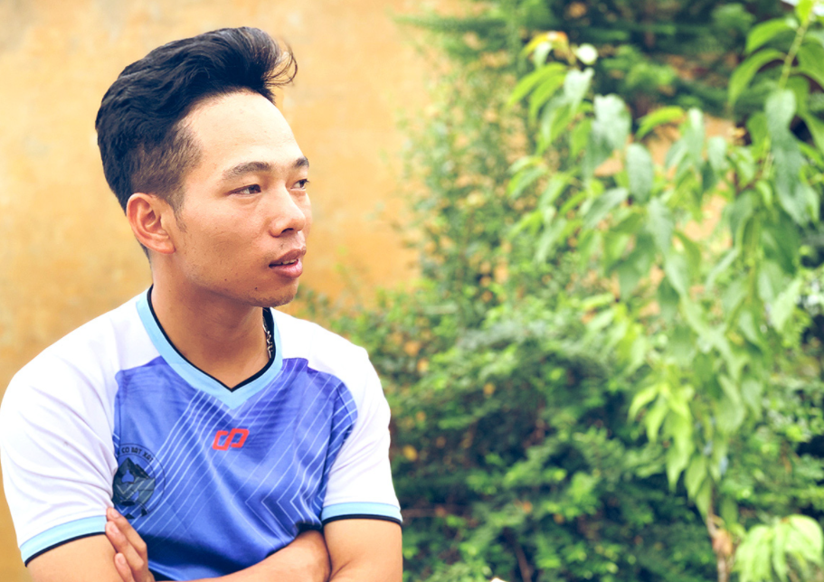 Ethnic Vietnamese young man promotes tourism in remote commune