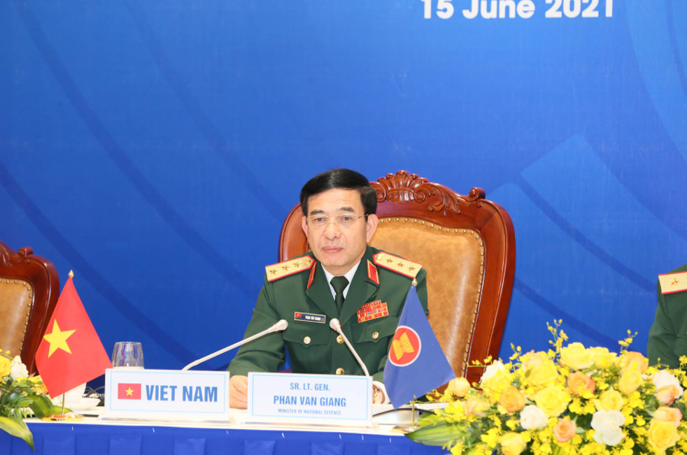 Vietnam calls for early completion of Code of Conduct in the Bien Dong Sea