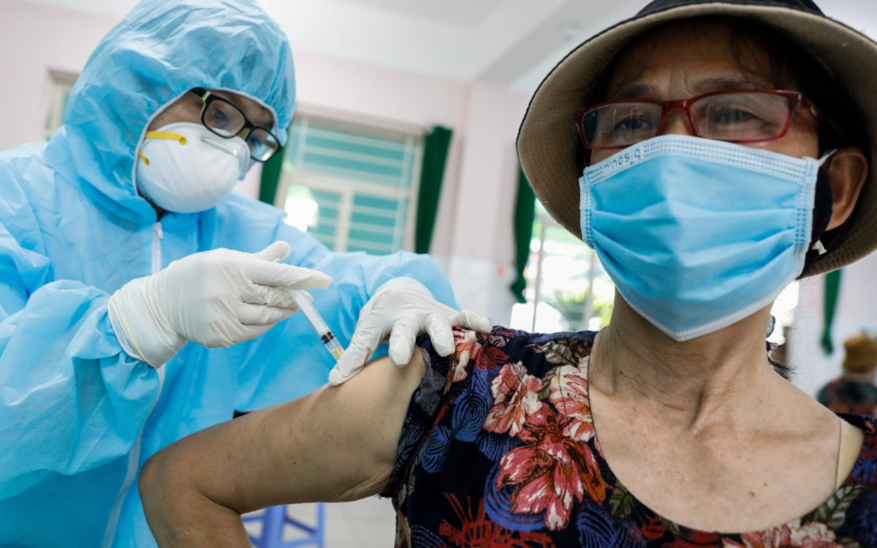 Vietnam Covid-19 Updates (June 23): 252 new cases, one death after vaccinated