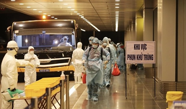 Vietnam Covid-19 Updates (June 30): 371 new cases, int'l flights planned to resume
