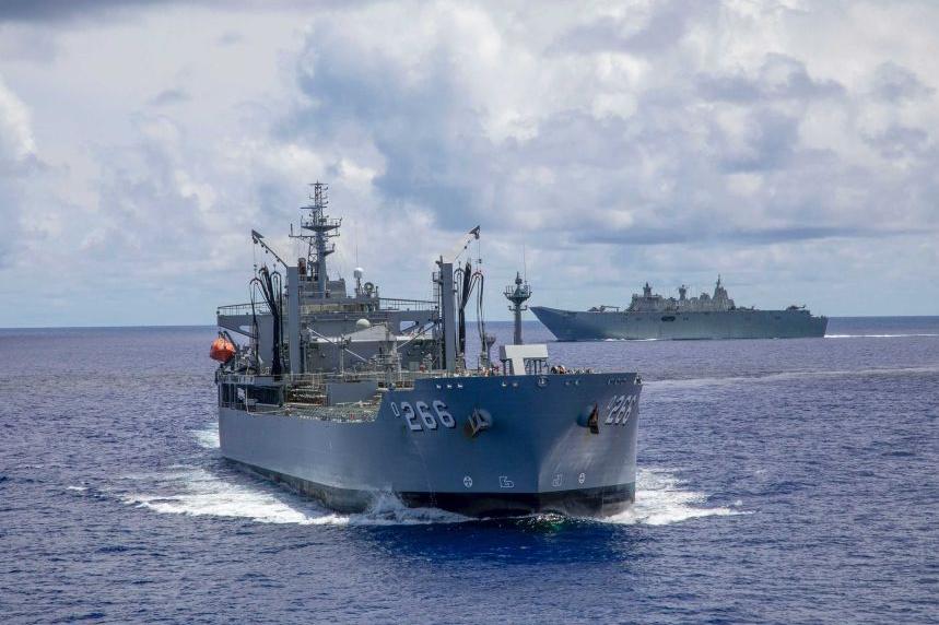 australian warships group encountered china navy on bien dong sea south sea