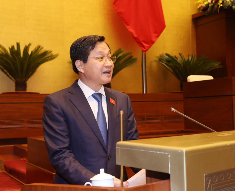 Biography of Deputy Prime Minister Le Minh Khai: Positions and Working History