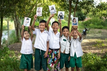 Children Have the Opportunity to Choose Sponsor with World Vision Malaysia's Campaign