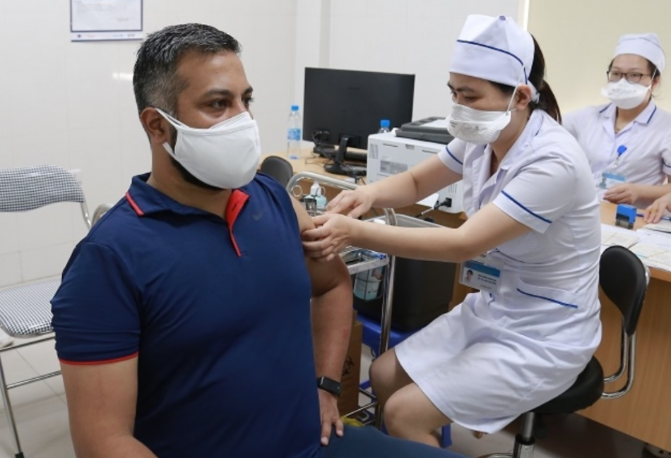Expats In Vietnam: How To Register For Covid-19 Vaccination?