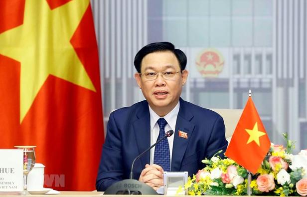 Top Vietnamese, Singaporean legislators hold online talks