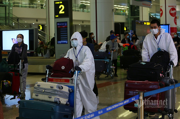 Vietnam moving out of the epidemic more slowly than others, needs new policies