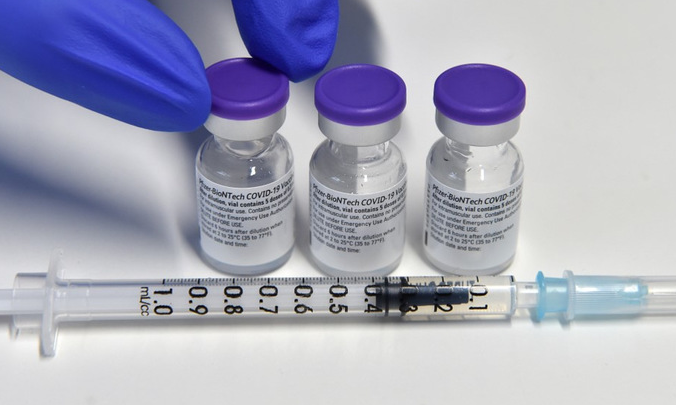 Vietnam Agrees Tech Transfers On Russian, US Covid-19 Vaccines