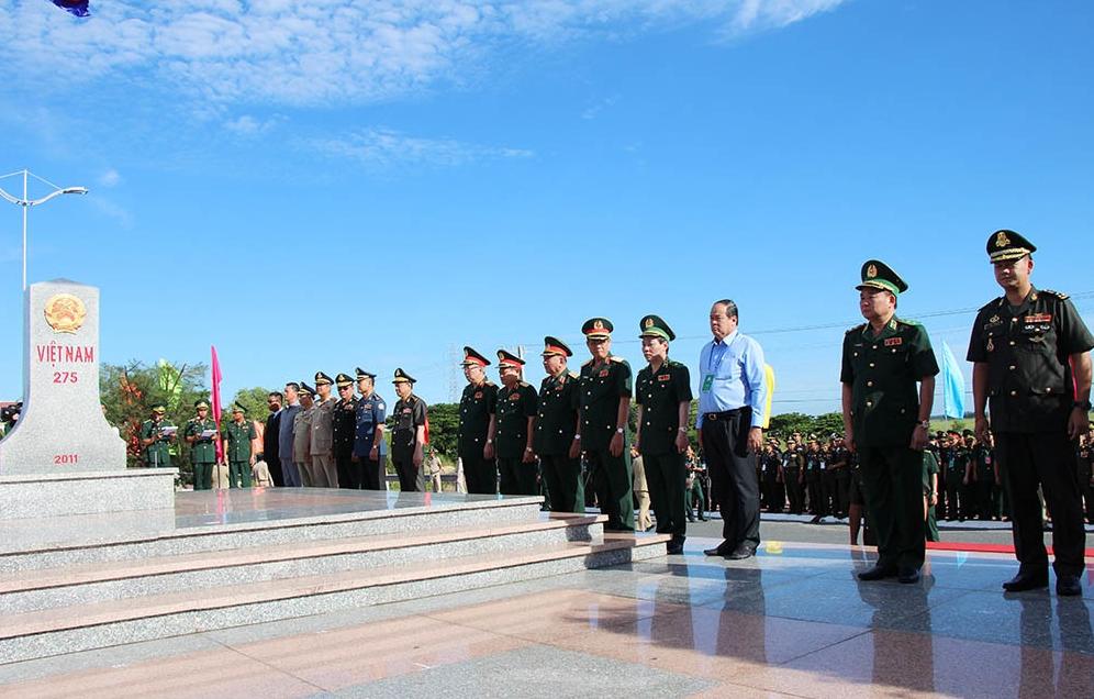 Vietnam   cambodia border: management issues