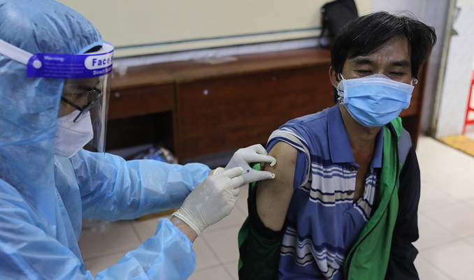 Vietnam Covid-19 Updates (August 13): First Pregnant Women Vaccinated In Vietnam