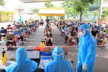 Vietnam Covid-19 Updates (August 14): 1.1 mln AstraZeneca Doses Arrive In Vietnam