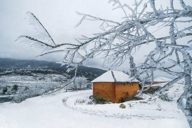 Photos: Vietnam's Remote Northeast Region Becomes a Winter Wonderland