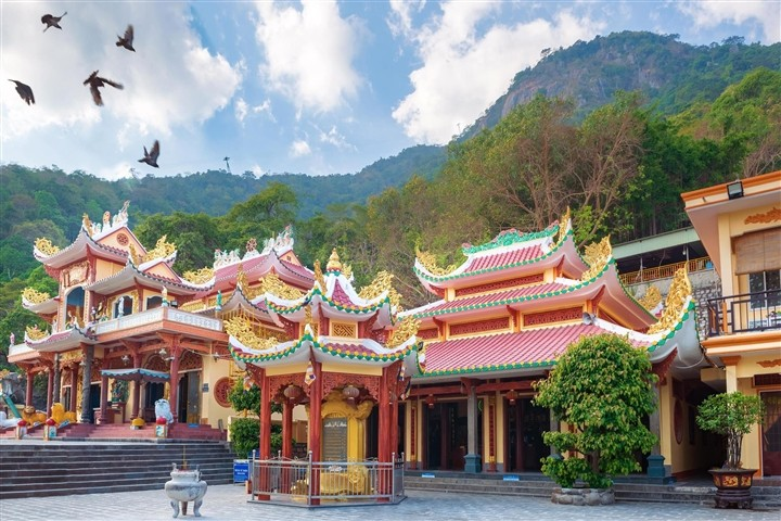 Top 3 Most Sacred Mountains in Vietnam