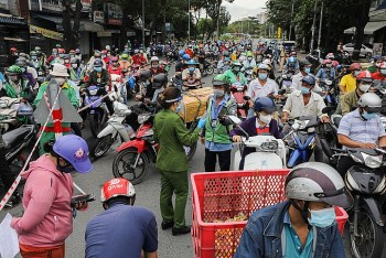 Experts Explain Why Ho Chi Minh City Sees Sharp Rise in Covid Cases