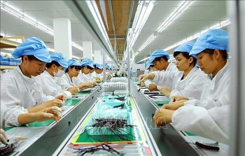 Vietnam's Electronics Industry Appeals To Foreign Investors